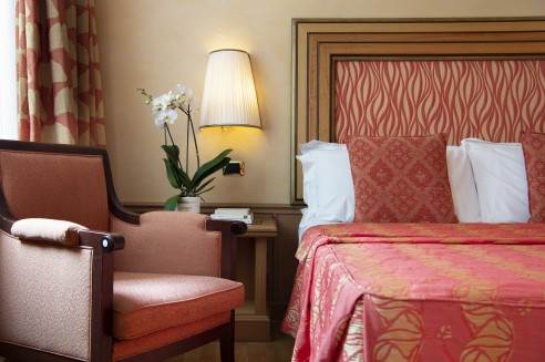 Elegant rooms in the centre of Rome